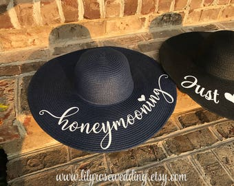 Personalized Beach Hat, Floppy Beach Hat, Monogram Hat, Custom Mrs Hat, Just Married Hat, Honeymoon Hat, Bride Gift, Bridal Shower Gift