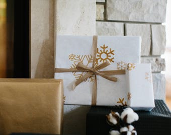 Cotton Gift Wrap White Snowflake Metallic Gold