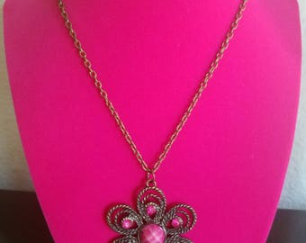 Retro and Unique! Vintage Antique Bronze and Hot Pink Flower Pendant Necklace - Classic Hippie/Bohemian/1960s/1970s Fashion! Great Condition