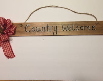 Wood Welcome Sign, Painted Welcome Sign, Rustic sign, Country sign, Welcome Sign, wall decor, Country welcome sign, pip berry, hanging signs