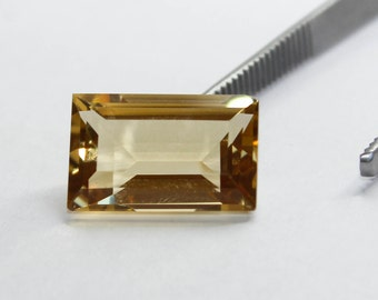Australian Citrine 10.9ct Square-Step Cut. Loose Gemstone for Setting.