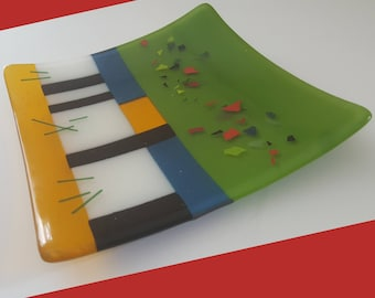 "Fused  Art Glass Plate 8"" x 8"""