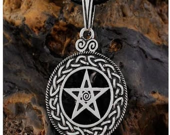 Pentacle necklace with knot/Pentacle necklace with knot