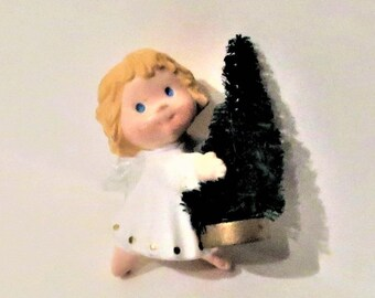 Angel Hallmark Pin