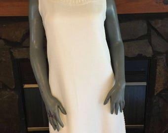 Vintage 60's Serbin Muriel Ryan White Sleeveless Shift Dress Size Small