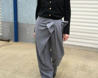 Grey Loose Wool Women Pants / Extravagant pants / Oversized Trousers / Fashion Elegant Pants / Wide Leg Pants