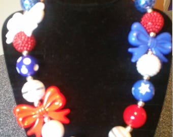 Chunky Bead, Bubblegum Bed Necklace, Patriotic, Red, White and Blue