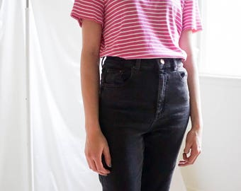 90s Pink and White Striped T-Shirt / Vintage Striped T-Shirt / 90s Pink Tee / Vintage T-Shirts / Women's Vintage Tee / Vintage Clothing