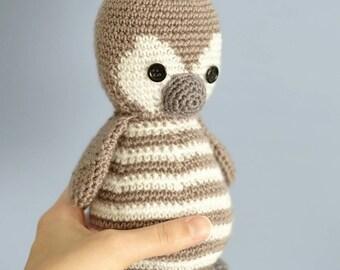 Amigurumi Penguin made to crochet