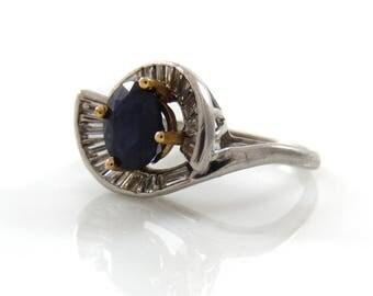 Platinum Sapphire Swirl & Diamond Baguette Ring - 5956