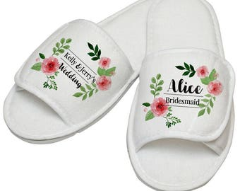 Pink wedding - Bridesmaid slippers - Personalised wedding slippers - Custom bridesmaid slippers - Bridesmaid gifts - Personalised shoes