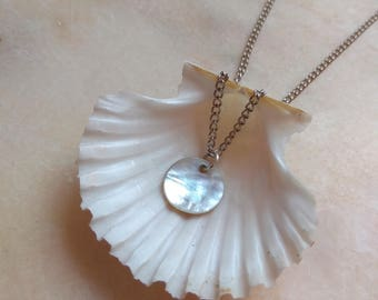 Locket necklace mother of Pearl