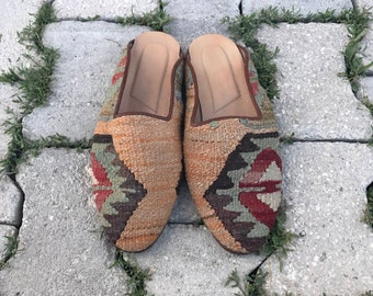 USA size is 11 EUROPA size is 44 this is man size Kilim slippers, kilim shoes, women slippers, slipper, handmade slippers