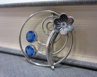 Elegant Wilcox Sterling Flower brooch With Blue Glass Beads