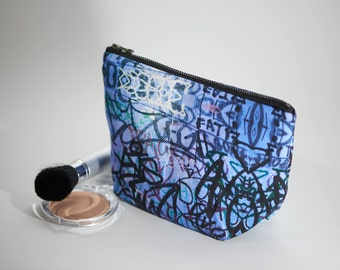 Cosmetic Bag street art