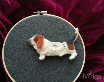 Basset Hound Custom Felt Dog Pin Peplica Portrait Needle Felted Dog Brooch Felt Broach Breed Pet Loss Gift Memorial Gift for Mother Animal