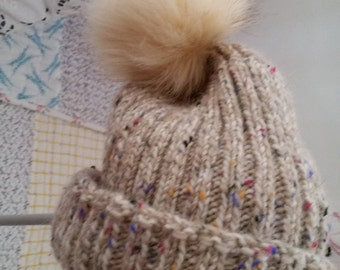 Woollen beanie hat - cream in colour
