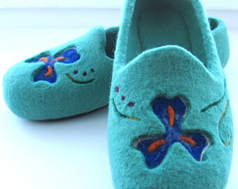 Felt Slippers with a rubber sole Women's wool Slippers Felted Slippers  Elegant handmade Slippers