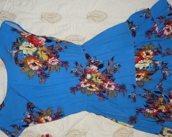 Adorable Periwinkle Blue Crepe Summer Dress.  Above Knee, Size M.