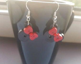 Minnie Mouse Quilled Earrings - disney earrings - kids earrings - quilling - quilled earrings - quilling earrings - paper earrings