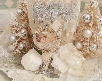 Vintage Shabby Chic Victorian Christmas Angels Party Cone Vintage Treat Cone Happy New Year Decoration Hanging Cone With Glitter