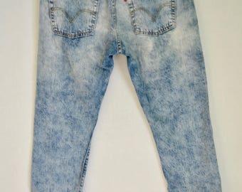 VINTAGE - Levis Acid Wash Distressed Jeans
