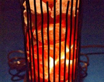HIMALAYAN SALT LAMP ~ Modern Vertical Wire Lamp