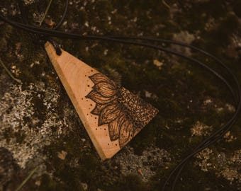 Sunflower wood burned pendant, wooden flower necklace, triangular wooden pendant, sunflower necklace.