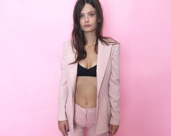 Baby pink fitted suit w/ cropped leg S