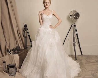 Arrival of the Queen - Selena Huan Beaded Lace Sweetheart Ruffled Organza Ball Gown Wedding Dress