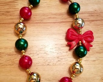 Christmas bubblegum bead necklace with bow