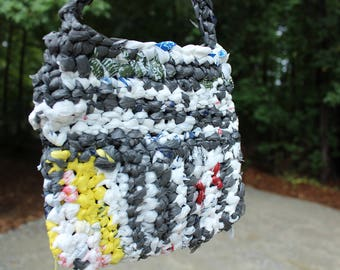 Recycled grocery bag crossbody purse, recycled tote bag, recycled plastic purse, recycled crochet purse, recycled grocery bag purse