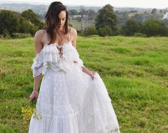 Vintage boho wedding dress / gown