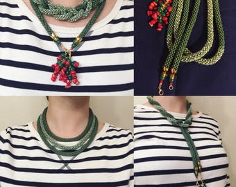 Long green bead rope