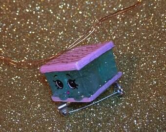 Shopkins Blue Nilla Slice Pin