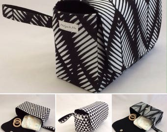 Nappy Clutch Monochrome Collection