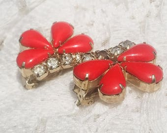 Dramatic Vintage Fire Engine Red Glass Rhinestone Earrings - 1950 - Excellent Condition