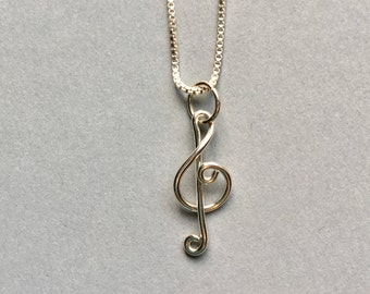 Treble clef music necklace