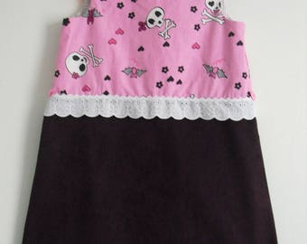 "Pretty winter dress ""Little death's head"" T 5/6 years"