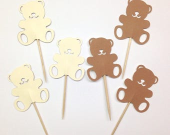 Set of 6 cupcake topper personalized Pooh bear Dimensions: 4.5 by 6.5 cm paper 210g
