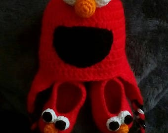 Crocheted Elmo Hat and Matching Booties 3-9 Months