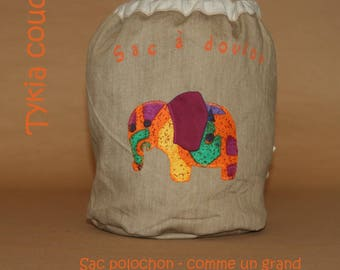 Duffel bag, like a large - cuddly elephant bag