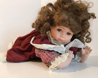 Vintage madiason lee porcelain baby doll