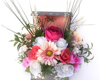 Floral Arrangement/Spring Floral Arrangement/Floral Centerpiece/Table Decor/Gift for Her/Mothers Day Gift/Floral Table Decor/Floral Basket