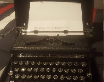 1930 Royal Type Writer with Case