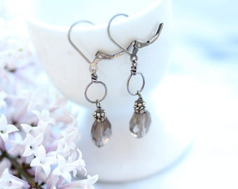 Earrings : Sterling silver, Smokey quartz