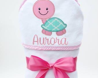 Baby Bath Towel, Hooded Baby Towel, Personalized Baby Towel, Monogrammed Towel, Turtle Baby, Toddler Beach Towel, Baby Girl, Toddler Girl