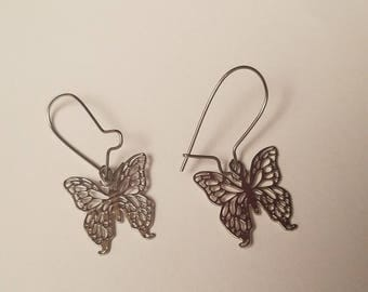 Vintage Tiny Silver Butterfly Dangle Earrings, Hippie Gypsy Boho