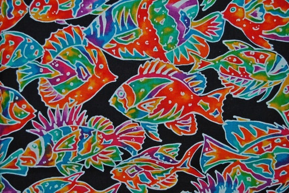 Fabric hoffman fabrics tropical fish fabric rainbow fish for Rainbow fish fabric