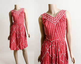 Vintage 1950s Dress - Cherry Red Heart and Floral Print Lanz Style Dress - Country Girl Rick Rack Diamond Trim - Western Cotton - Small XS